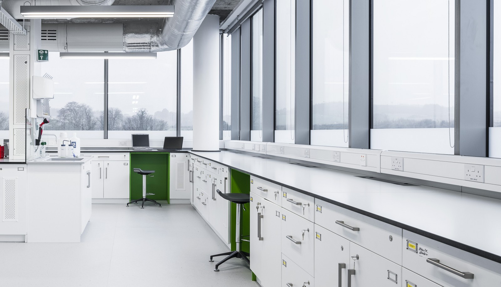 Laboratory Furniture From Chemical Systems Control Csc